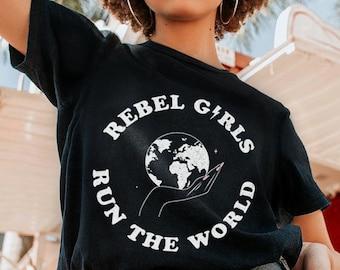 Rebel Girls Feminist Tee in Black | Who Runs The World? | Retro Inspired | Girl Power | Riot Grrrl T-Shirt