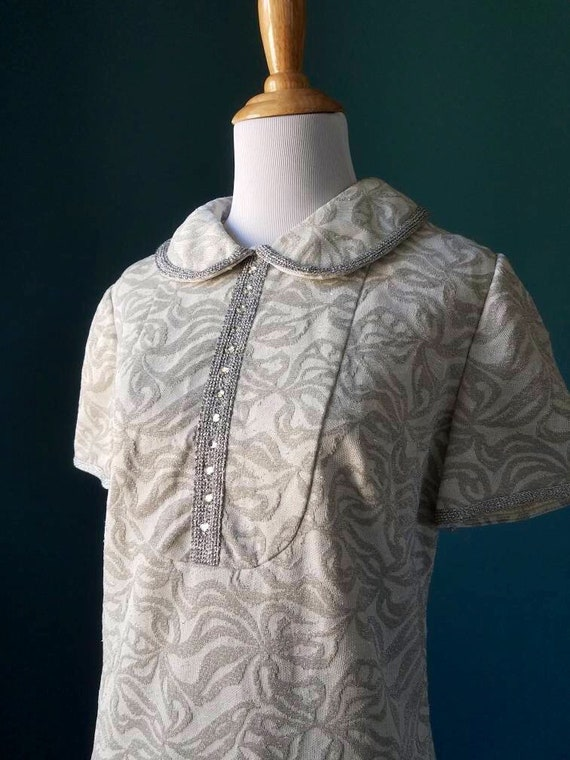 60s // 70s Vintage Silver Lurex Mod Shift Dress