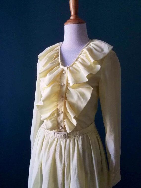 60s // 70s // Pale Yellow Pastel Yellow Ruffle Dre