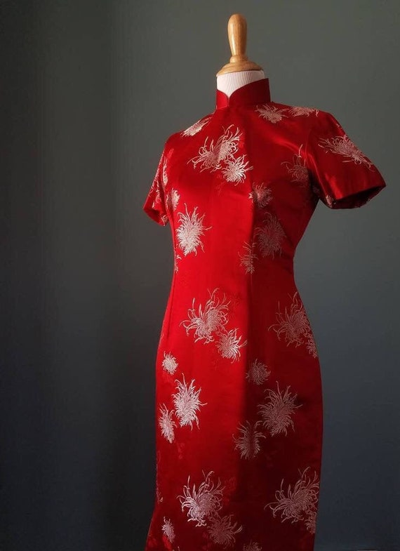 Vintage 40s Red Silk Cheongsam Qipao / Vintage 50s