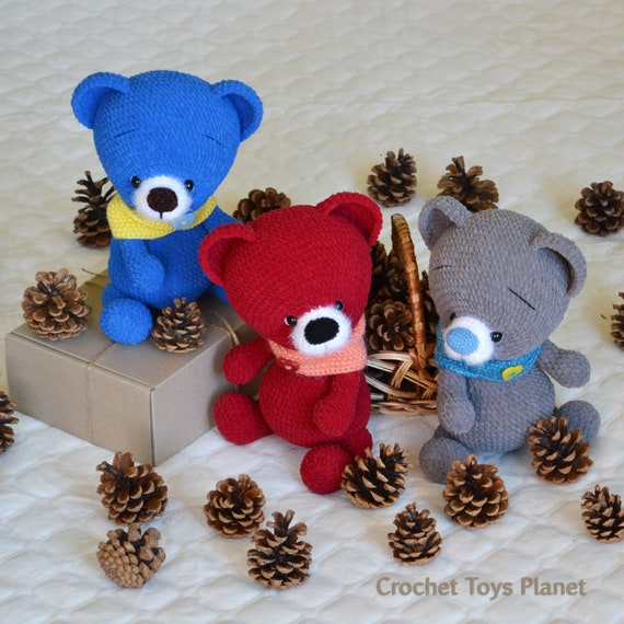 Miniature Bears Crochet Pattern Booklet Christmas Holiday | 570x570
