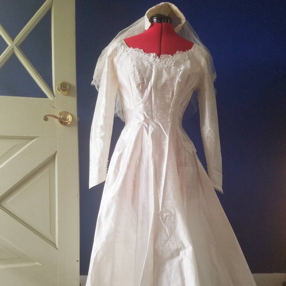Vintage 1950s Wedding Dress Lord and Taylor A-line