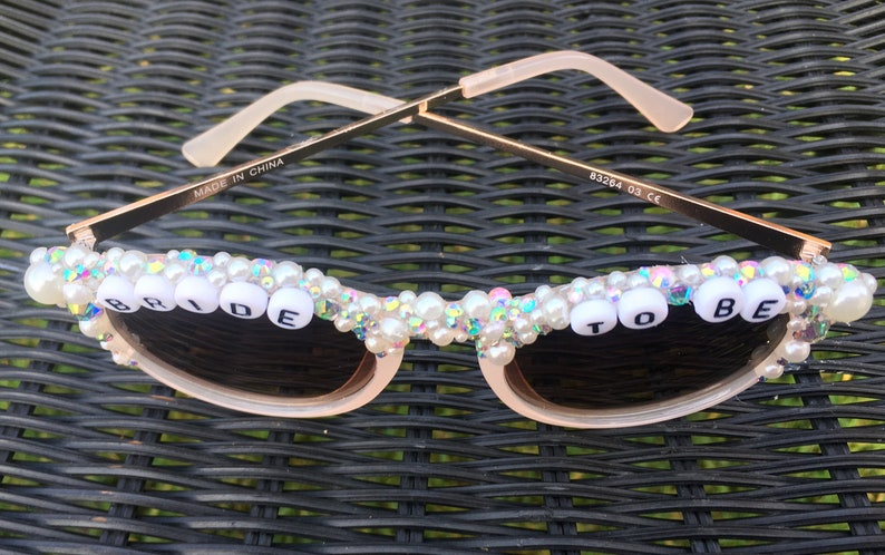 Round nude pearl and crystal encrusted bride to be sunglasses bride sunglasses hen do sunglasses bachelorette sunglasses