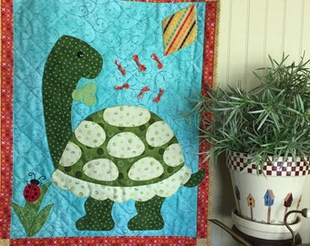 Let's Go Fly a Kite! applique mini quilt pattern