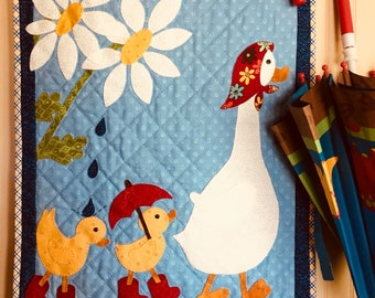 April Showers applique mini quilt pattern