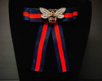 ba108697838 Gucci Inspired Womens Bow Brooch - Female Bow Tie - Red Blue Striped Ribbon  Bee Insect Pin - Mothers Day Birthday Bridesmaid Gifts for Her