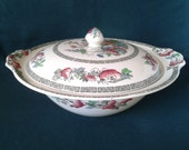 Johnson Bros Indian Tree Tureen 1950s Ironstone Vegetable Tureen Transfer Ware Lidded Serving Dish with Hand Finished Flowers and Leaves