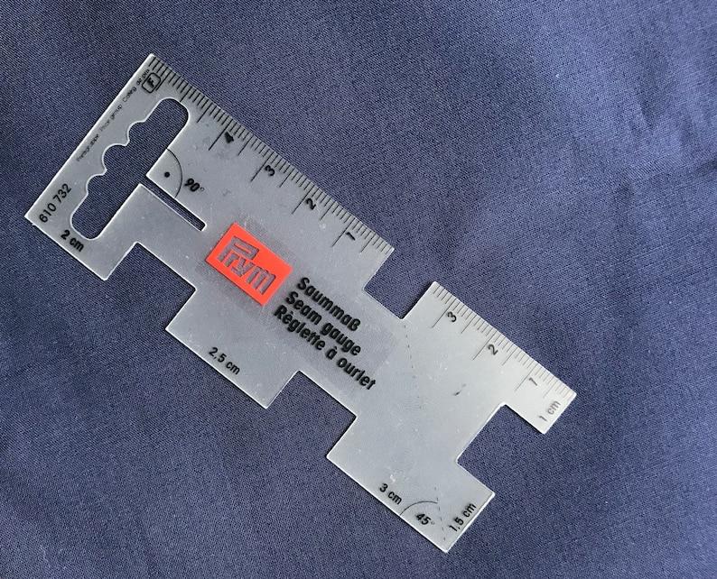 create perfect seams skirt seams -curtain seams -skirt pleats Prym Transparent Sewers Seam Gauge portable seam gauge Mini Seam gauge