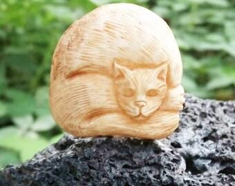 Adorable Cat Carved Buffalo Bone,Making Jewelry Silver Wrap E214