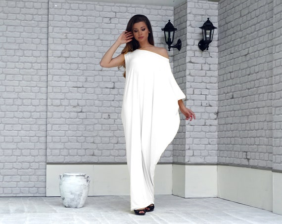 Plus Size Loose White Kaftan Maxi Dress, Asymmetrical dress