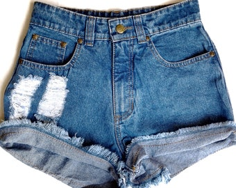 Zircón Destroyed fashion Denim short
