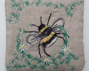 Embroidered Bee Purse