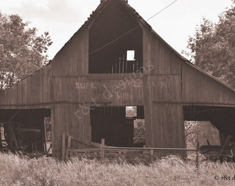 Old Red Barn (old photo)