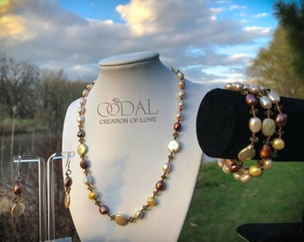 Set of Natural Gemstones and pearls Jewellery