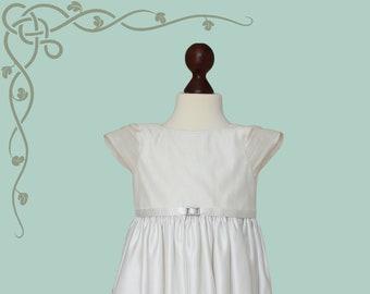SALE Girl's Handmade Bridesmaid Flower Girl Satin And Silk Dress Gown Age 4 - 5 Years