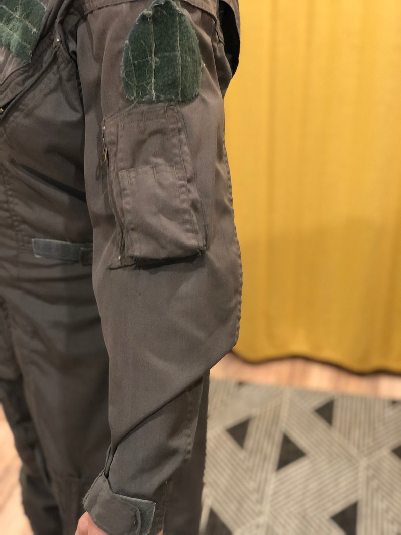 Vintage Green Pilot Suit Military Boiler Coverall  Size Small   Adjustable waist and sleeves pockets galore zip up