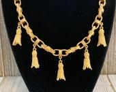 Stunning ANNE KLEIN Vintage 1990 39 s Rare Matte Gold Etruscan Dangling Tassel Classic Statement Collar Necklace