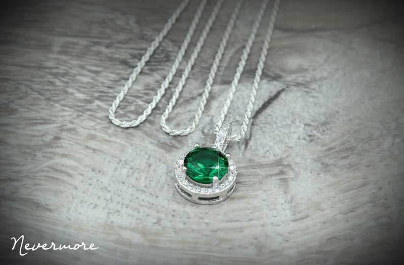 Beautiful Halo Pendant Set in 925 Sterling Silver with a Solid 925 Sterling Silver Rope Chain Italy Optional May Birthstone Emerald