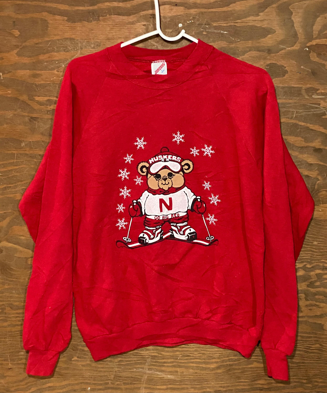 80s Tops, Shirts, T-shirts, Blouse   90s T-shirts Vintage 80S University Of Nebraska Cornhuskers Bear Ski Skiing Red 1980S Crewneck College Sweatshirt  Large $59.00 AT vintagedancer.com