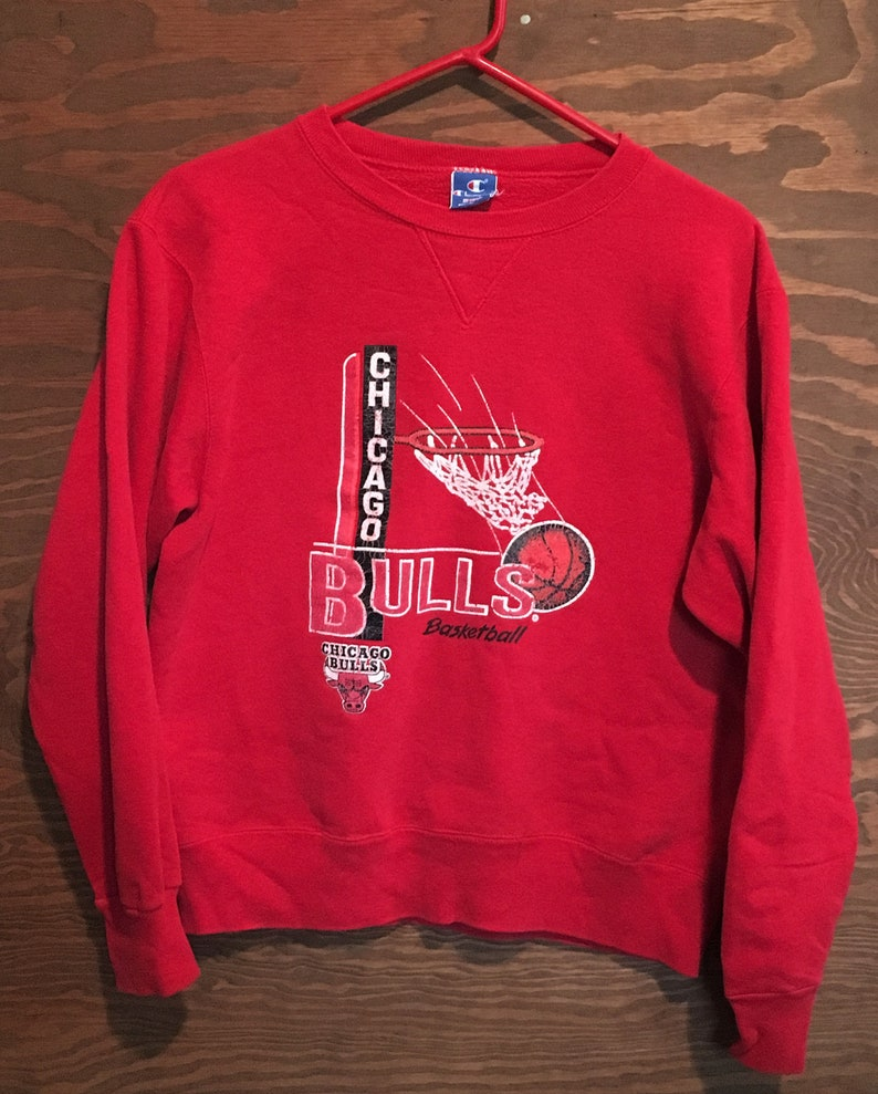 9f3c49bc347669 Vintage Chicago Bulls NBA Basketball 1980s Champion Red