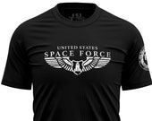 Space Force Wings Men 39 s T-Shirt USSF Vintage Style Distressed Pilot Wings And Spaceship Shirt