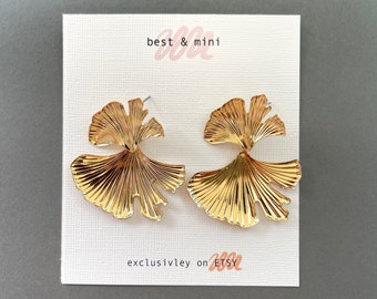 Gingko leaf earrings, ginko earrings, gold leaf earrings, unique statement earrings, golden earrings, stylish earrings, engagement earrings