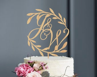 Wreath Initials Cake Topper, Initial Letters Wooden Cake Topper, Monogram Topper, Rustic Cake Topper, Wedding Monogram, Gold Cake Topper