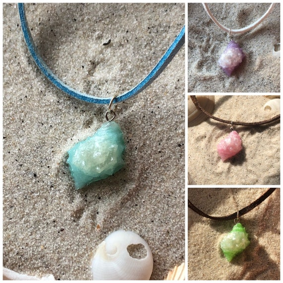 Loves Surf Gems Seashell Necklace Marble Ursula Shell-Beach Jewelry Summer Accessories Surfer Jewelry Resin Jewelry Marble Pendant
