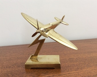 WW2 solid Brass Spitfire desk ornament, trench art, dated 1942, desk item, spinning propeller