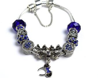 Blue Disney Charm Bracelet | Blue Minnie Charm Bracelet | Blue Minnie Mouse Charm Bracelet | Silver Minnie Charm Bracelet | Disney Charms