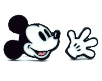 Mickey Mouse Earrings | Mickey and Glove Earrings | Mickey Glove Earrings | Mickey Mouse Jewelry | Mickey Glove Jewelry | Disney Earrings