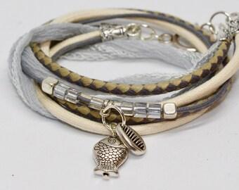 White silk wildly bracelet