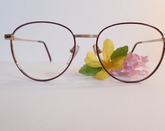 a36fb4a54495 Vintage Eyeglasses Gold/Burgungy Used Frame made in Korea
