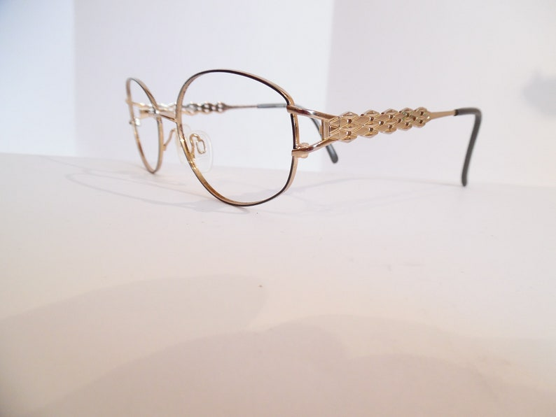 38bf461ce1cf Vintage Womens Tura 915 GUN Eyeglasses Designer Used Frame