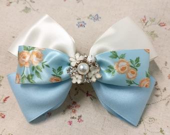 Flora Hair Bow (blue & White)