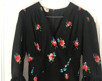 Vintage floral 70s gown / maxidress