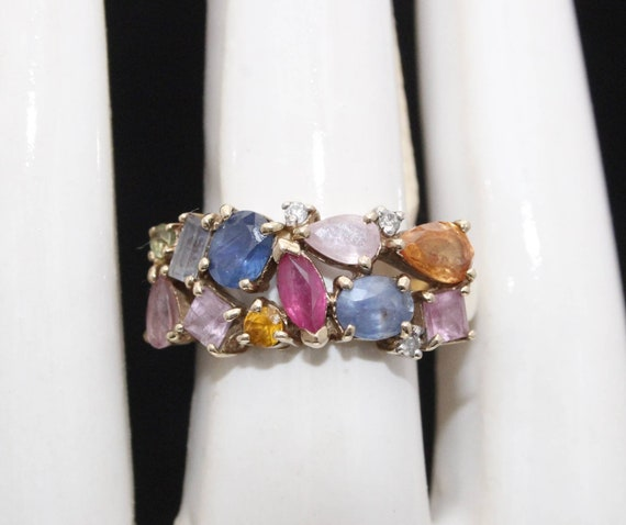 Vintage 9ct Yellow Gold multi stone Cocktail Ring.