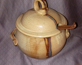 Carol Berhorst ceramic soup tureen