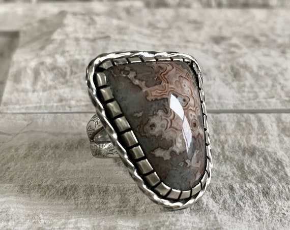Native American Sterling Silver and Natural Crazy Lace Agate Ring