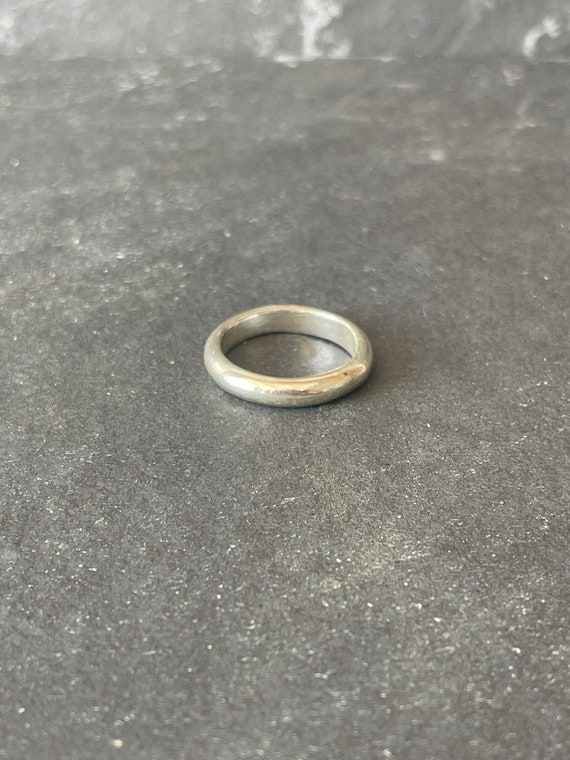 Sterling silver men's ring band