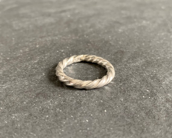 Sterling Silver Twisted Spiral Ring