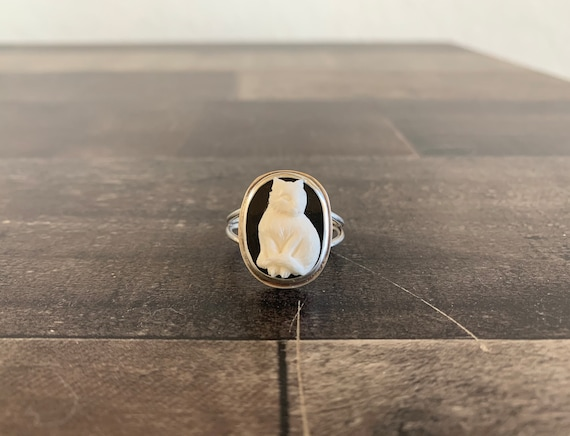 Custom Made Sterling Silver Cat Cameo Ring
