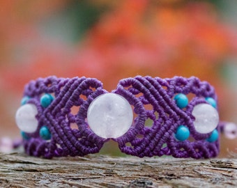Purple macrame bracelet with rose quartz and blue beads