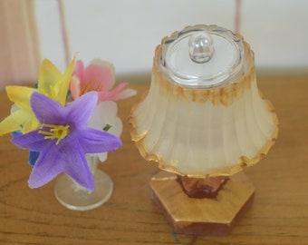 1:6 Barbie/Doll/Dollhouse Lighted Lamp w/ brown & gold base. Shade is white w/ gold trim. Made from resin. Barbie furniture Doll furniture