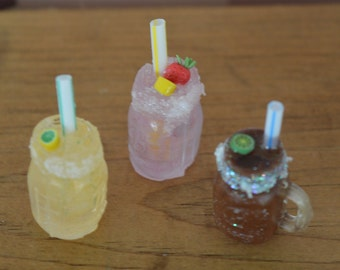 1:6 Barbie/Doll/Dollhouse Margaritas in a mason jar - Your choice of regular/strawberry/chocolate. Barbie kitchen Barbie food Doll food