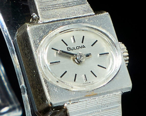 Vintage Tiny Square Cocktail Watch | Dainty 1970s Bulova Silver Bracelet Watch | Classic 70s Aesthetic