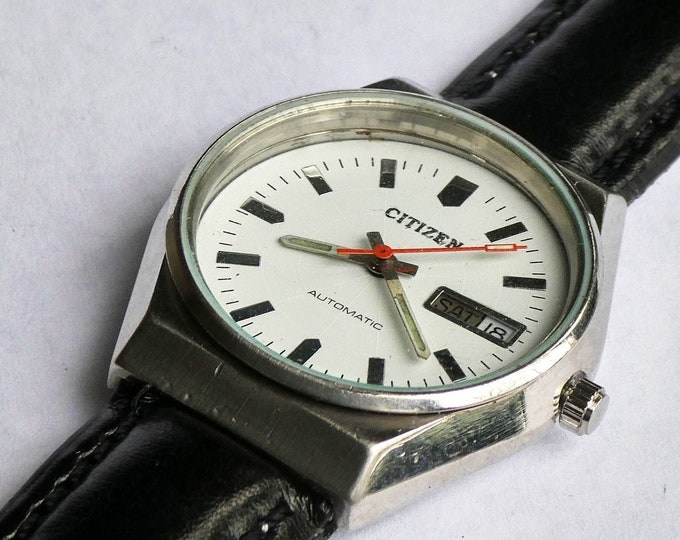 Fun, Funky and Sturdy! 1970s Vintage Unisex Citizen Automatic Watch, Chunky Stainless Steel with Custom White Spiderweb Dial, Day and Date