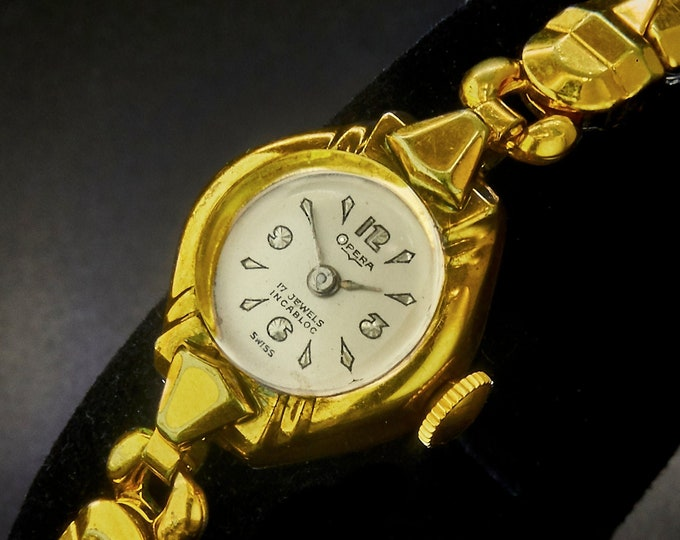 Dainty! Vintage 1950s Opera 10k Yellow Gold Plated Ladies Marquise Cocktail Bracelet Watch • Mid Century Modern • Heirloom Estate Jewelry