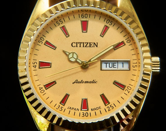 Blingy CUSTOM MOD Citizen Unisex Gold Automatic Watch | Vintage Rebirth | Georgia Peach dial | Deluxe Fluted Bezel | One of a kind