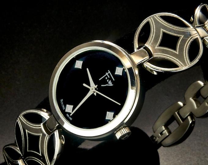 "2014 Signed Frank Lloyd Wright Bulova ""96L196"" Ladies Designer Quartz Bracelet Watch, Original Black Enameled Circular Plate Link"